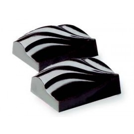 Moldes para hacer bombones de chocolate ondulados.