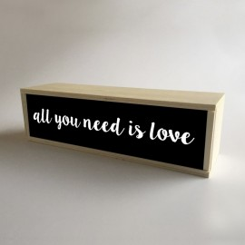 "Lámpara Caja de Luz Decorativa en Negro con mensaje ""All You Need is Love"" de 32x9,5cm (fondo 9,5cm)"