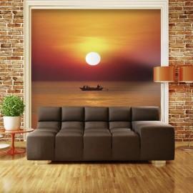 Fotomural - Por do sol com barco de pesca