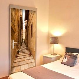 Fotomural para puerta - Photo wallpaper – Narrow alley I