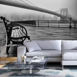 Fotomural - A Foggy Day on the Brooklyn Bridge