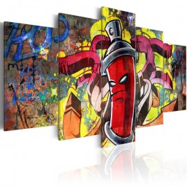 Quadro - Angry spray can