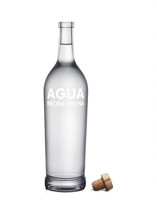 Botella de agua marcada serigrafia